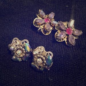 VNTG 2 piece set of clip on earrings #144